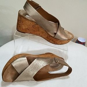 Used SZ 8.5 Wedge Sandals by Clark